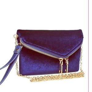 Urban Expressions Lucy Velvet Clutch purse